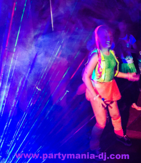 UV Glow Party Dancer