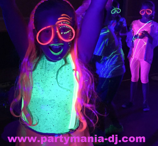 Glow in the dark Disco