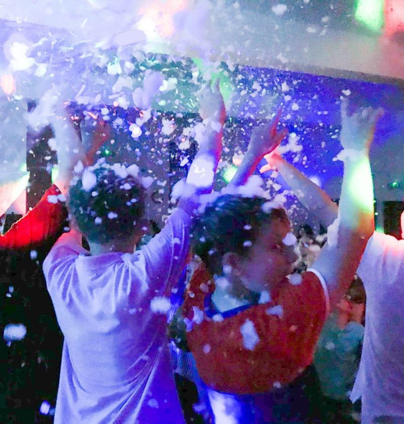 Foam Party DJ Disco
