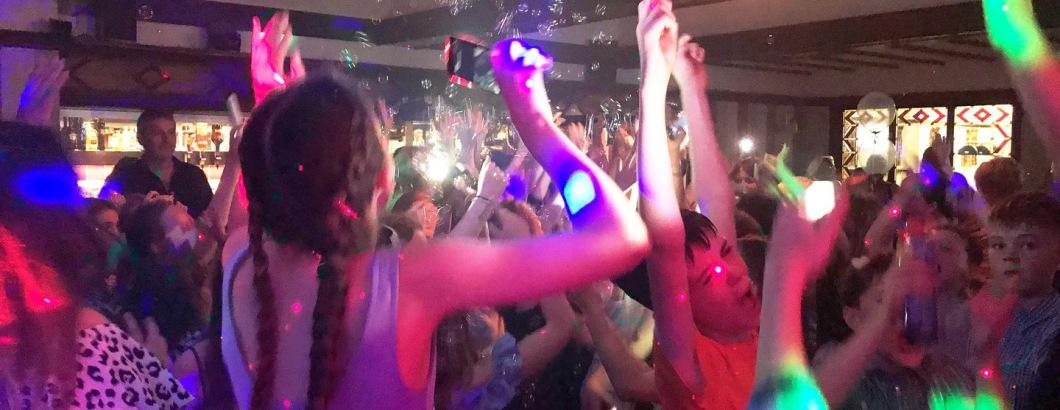 School Prom Disco Party Mania